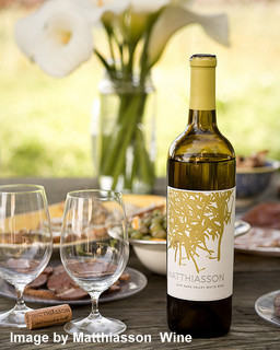 White  Picnic Wine